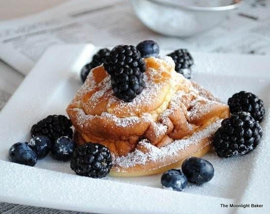 Lemon scented german pancakes | Favorite Recipes | Pinterest