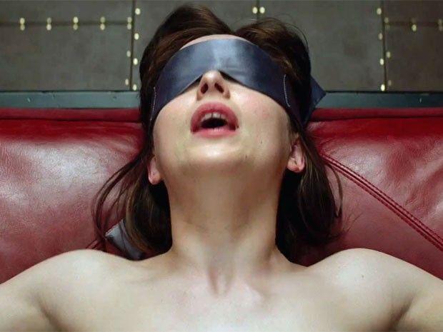 Cazuza: Trailer de '50 tons de cinza' mostra pouco sadomas...