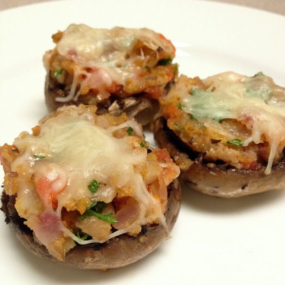 Simple Stuffed Mushrooms - quick, easy, bacon, delicious, awesome.