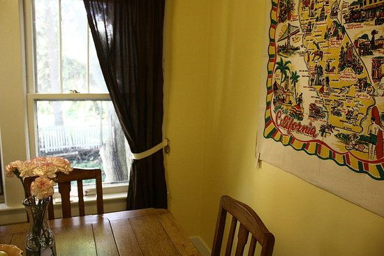 Comcurtain Holdbacks For Kids Room : cheap and easy ribbon curtain tie ...