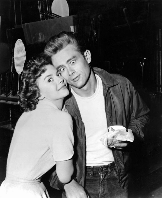 james dean (with natalie wood) | History | Pinterest