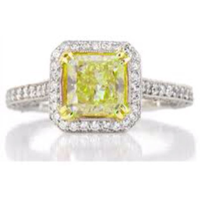 Engagement ring canary yellow diamond