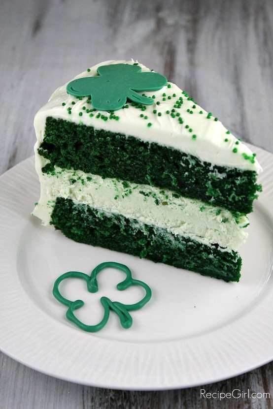 Green Velvet Cheesecake Cake!! | FOODS! | Pinterest