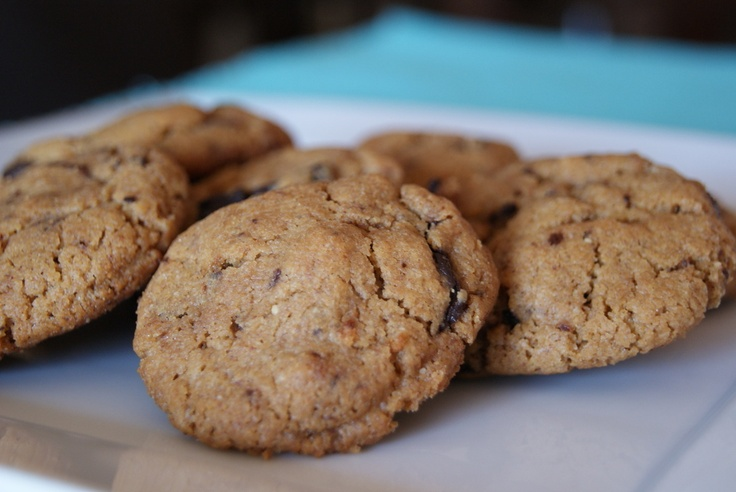 Almond butter chocolate chip cookies | Things i adore | Pinterest