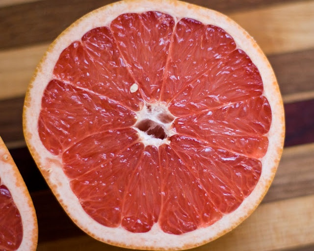 Broiled Grapefruit...interesting! We have some, may need to test this ...