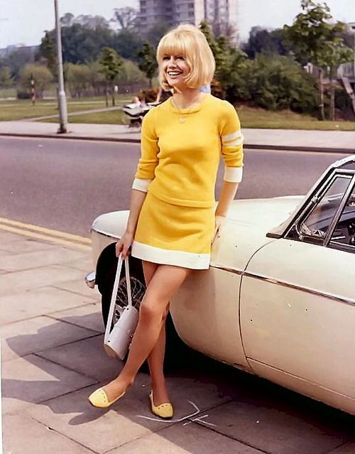 yellow jersey 1960s mod minidress with matching whit purse (and car!) and yellow shoes