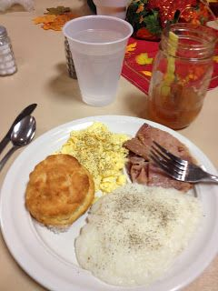 Grits, country ham, red eye gravy and biscuit dinner. Yankee-Belle ...