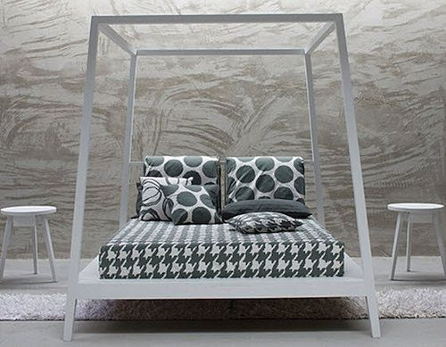 Gray 81E Canopy Bed by Gervasoni
