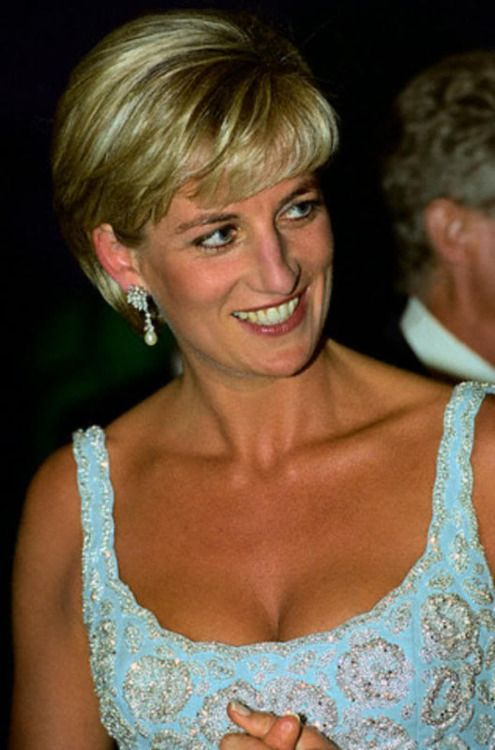 Diana in 1997 princess diana england s rose pinterest for Diana pics