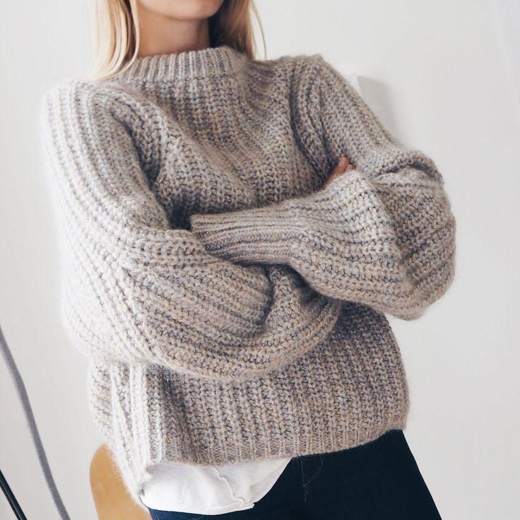 Вязание объемного свитера для женщин