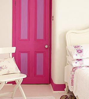Pink and purple door, lol and the baseboard :-)