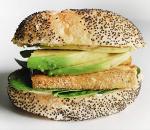 tofu hummus spinach avocado sandwich @Katie McCallum, this screams ...