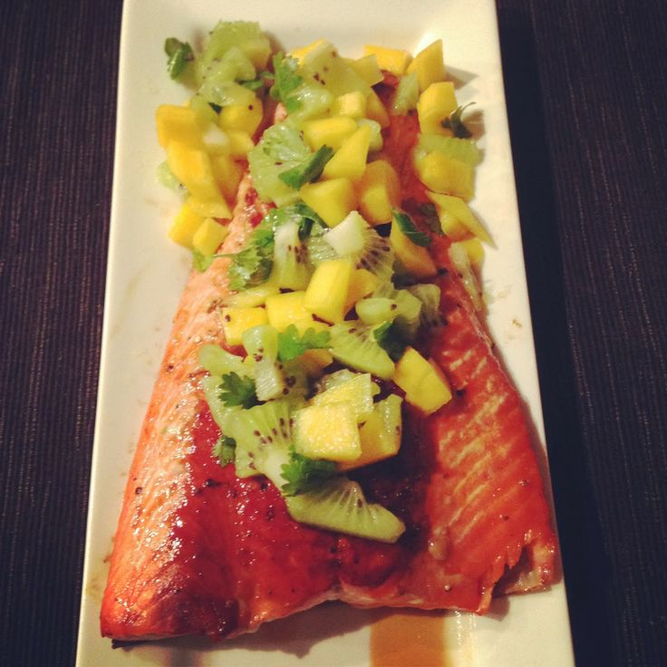 Salmon with Mango and kiwi salsa | Favorite Recipes | Pinterest