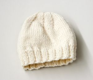 Childs Aran Hat Knitting Pattern : Childs Simple Knit Hat Knittin Stuff Pinterest