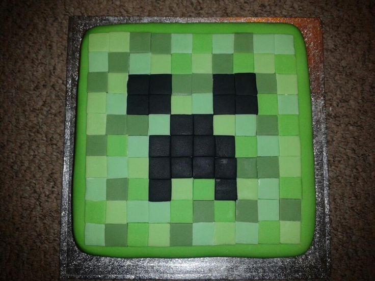 Creeper Cake made with colored fondant Minecraft Party ...