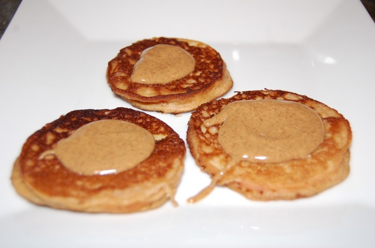 Apple Pie Pancakes from @FamilyLivingSimple