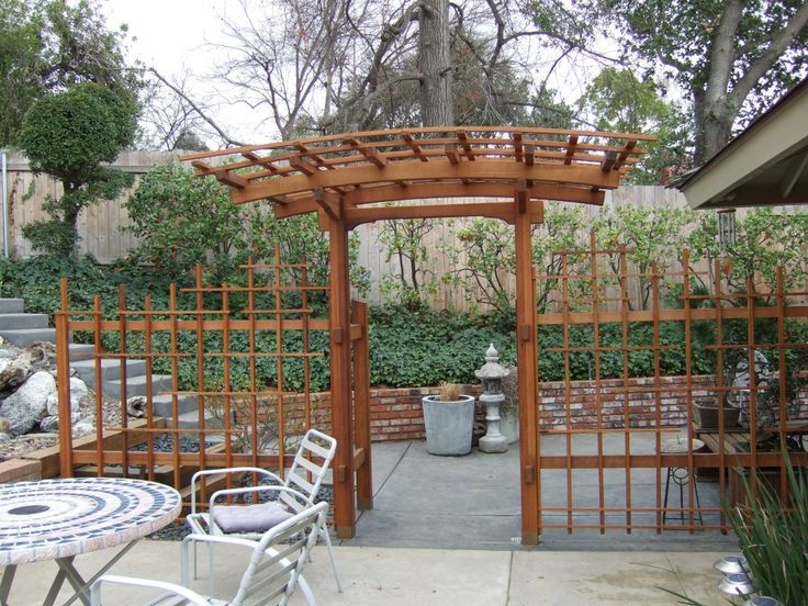 Japanese arched arbor and gate st mary 39 s beautification for Japanese garden trellis designs