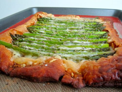 Asparagus and Gruyere Tart | Appetizers - Warm | Pinterest