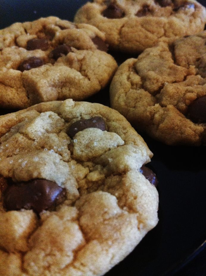 Peanut Butter Chocolate Chip Cookies Topped With Sea Salt | Keys and ...