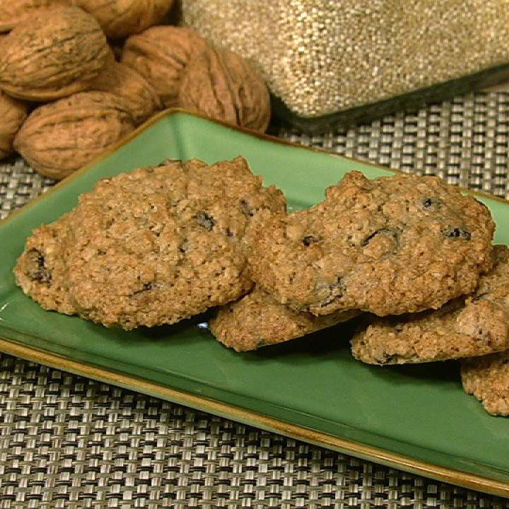 Oatmeal Cherry Walnut Cookies Recipe — Dishmaps
