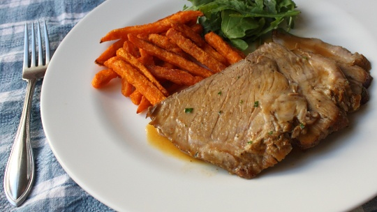 Slow Cooker Braised Pork Shoulder Roast with Apple Butter Sauce ...