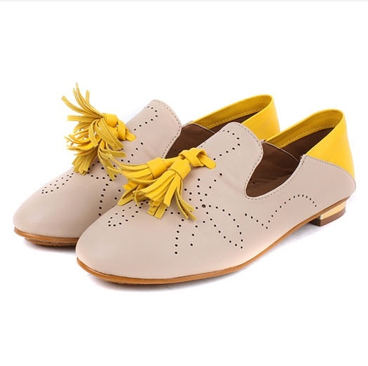 comfortable flat shoes with stitching tassel yellow