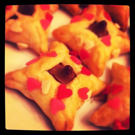 Mini Hershey's Kiss Pies | Nom Nom | Pinterest