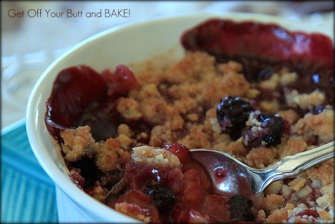 PEACH & BLUEBERRY RASPBERRY CRUMBLES | Desserts | Pinterest