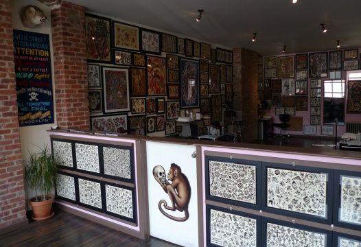Smith street tattoo parlour tattoo shops pinterest for Alaska tattoo shops