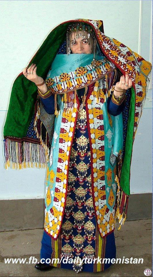 トルクメニスタン : 【全身画像】世界の民族衣装ざっくりまとめ 女性編 - NAVER まとめ