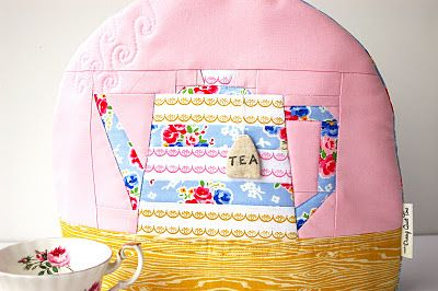 adorable tea cozy - love the little tea bag