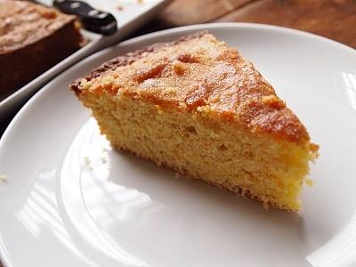 ... wheat flour, cornmeal and orange. #Cake #Cornmeal #lindenandrosemary