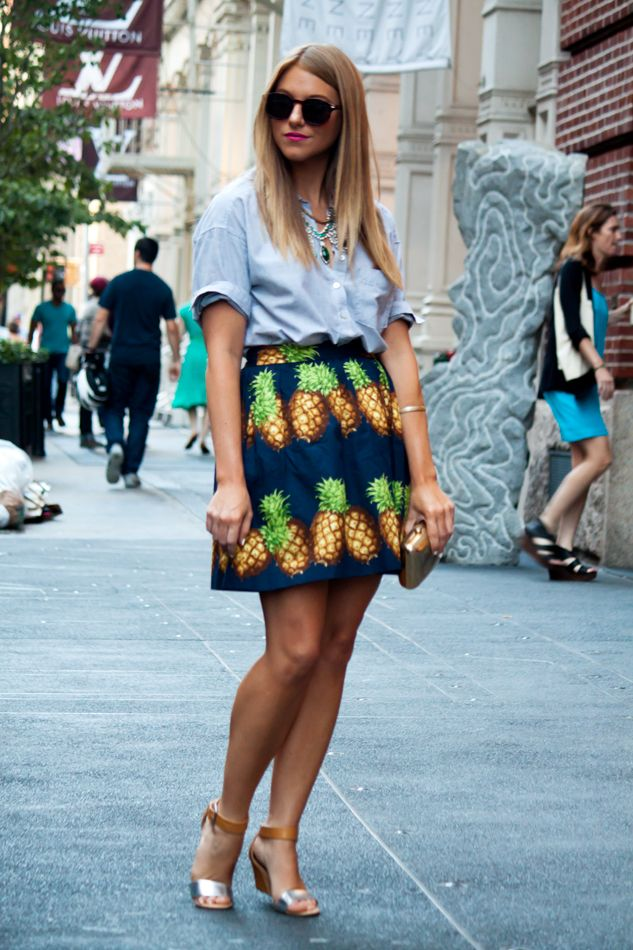 Fashion - Fashion streetstyle - Inspiration - Trending - Trend - 2014 - Spotted - Blogger - Celebs - Celebrity - Hot right now - Catwalk trends - Spot & Shop - Outfit - Ootd - Pineapples - Pineapple fruit print - Printed - Skirt