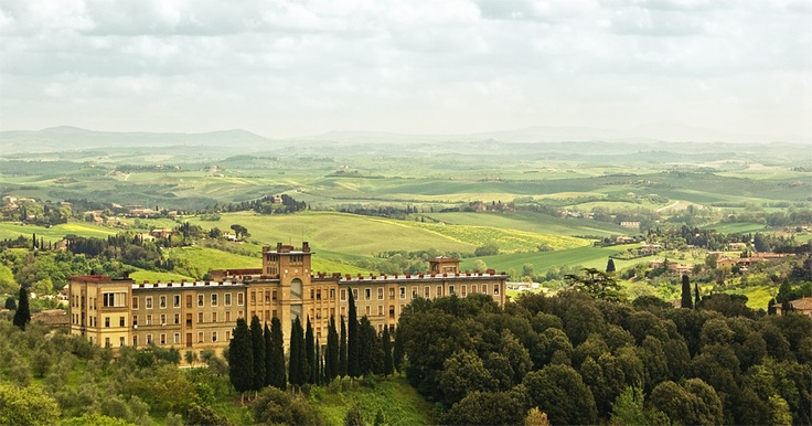 Siena in Tuscany, Italy / photo by Stijn Damiaan Out
