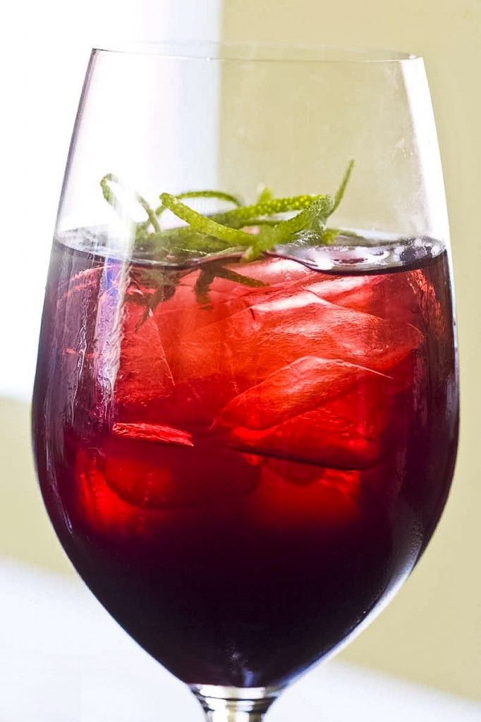 Cool, Refreshing Iced Hibiscus Tea: Refreshing, intensely flavored ...