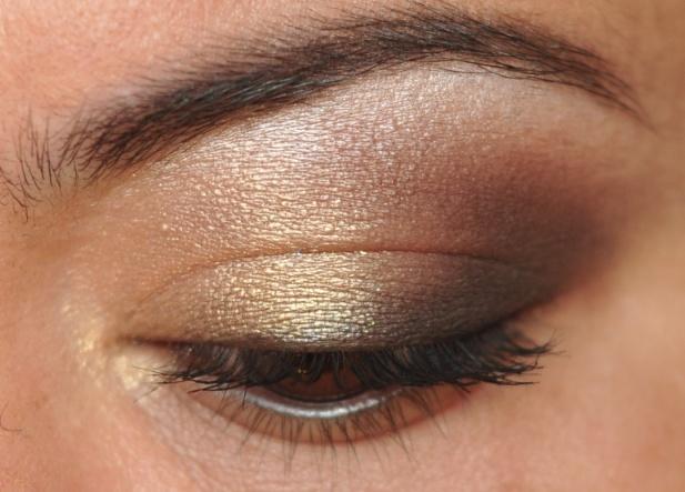 Day 134/365 days of makeup featuring girlactik's ballet eyeshadow
