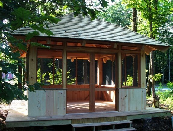 Screen house cottage deck screenhouse pinterest for Building a screen room