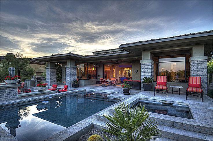 outdoor living space florida