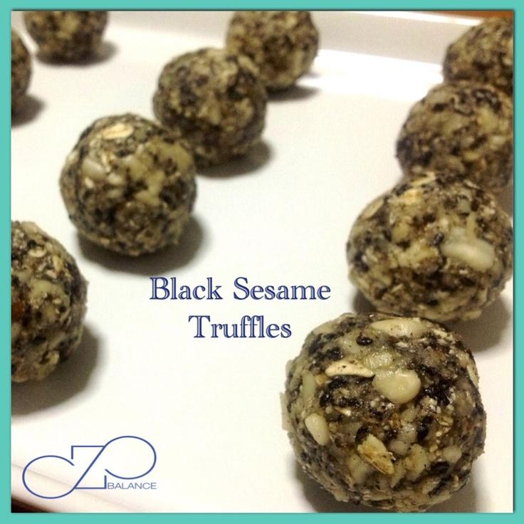 ... cashew 1.5 cup oats 1 cup dates 1/4 cut black sesame 2 tbsp raw honey