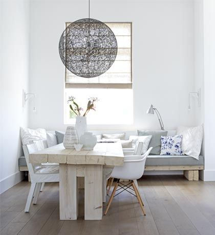 Sofa -- the home of designer Natasja Molinaar -- Photography: Paul Grootes