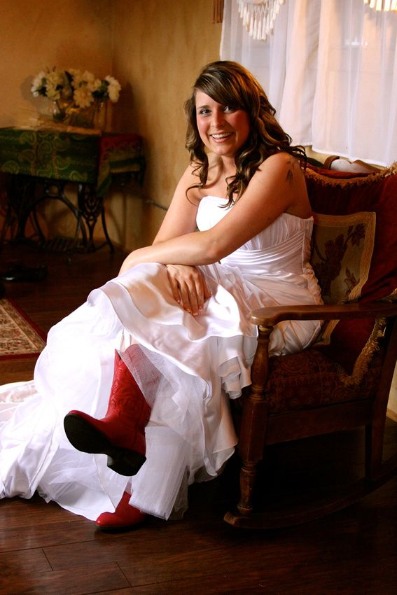 Country wedding, bride in red cowboy boots! #cowgirl wedding, #redboots, #countrywedding