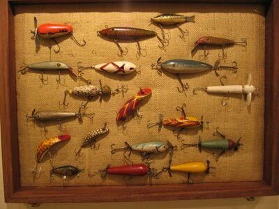 Vintage lures fishing lures pinterest for Fishing lure decor