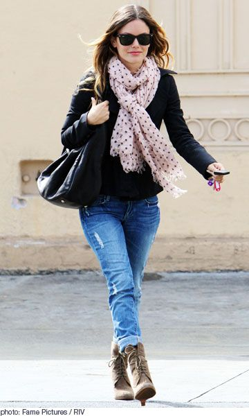 Boyfriend jeans and lace up boots | {style} | Pinterest