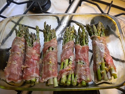 Prosciutto wrapped asparagus bundles | Favorite Recipes | Pinterest