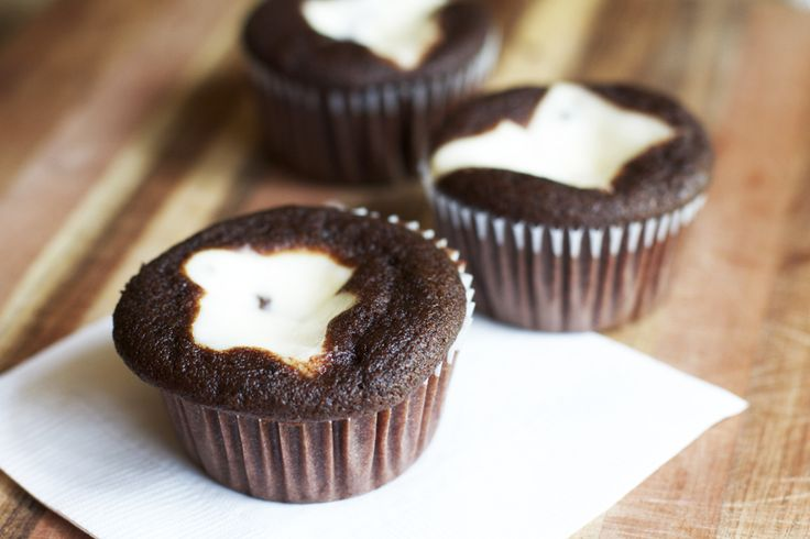 Black Bottom Cupcakes | Food | Pinterest
