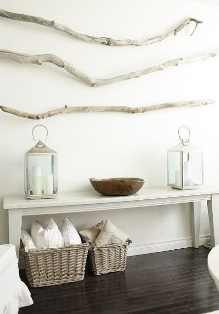 I love a bit of drifted wood to achieve a more settle, beachy, nautical look