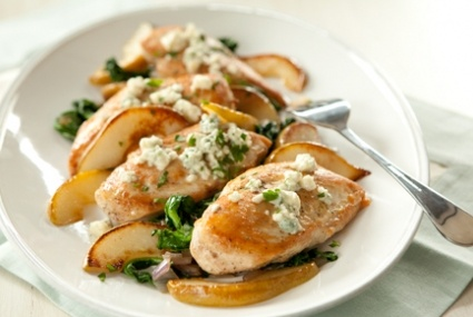 Baked Chicken with Spinach, Pears and Blue Cheese | Whole Foods Market