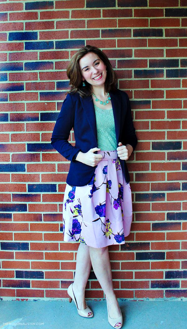 Spring Pantone-Inspired Color Challenge: Hemlock