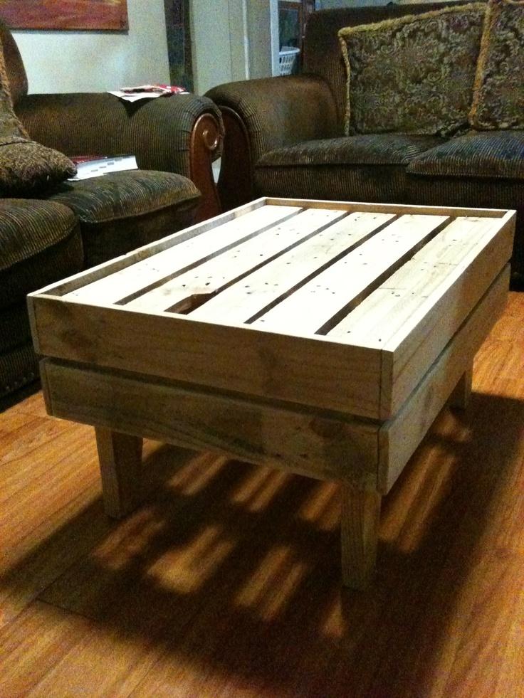 DIY Pallet furniture | toti wood craft | Pinterest