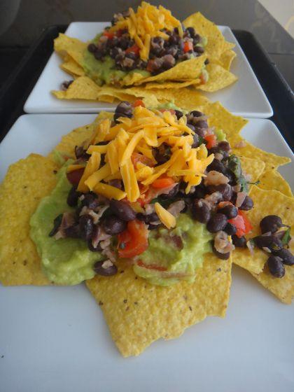 black bean nachos | Oh em gee! Did you Taste that?? | Pinterest